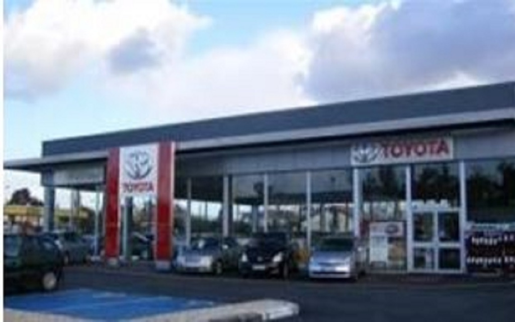 Toyota gca arcachon garage automobile 41 avenue for Garage volkswagen la teste