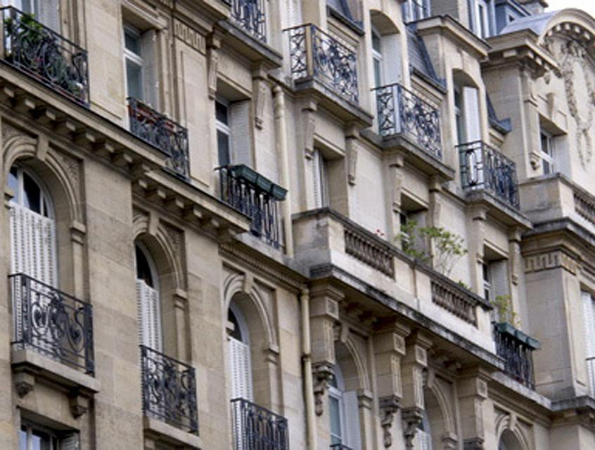 Stib agence immobili re 42 rue f lix guyon 97400 saint for Agence immobiliere 42