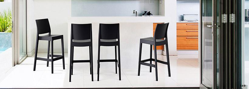 4 pieds clermont ferrand magasin de meubles 159 boulevard gustave flaubert 63000 clermont. Black Bedroom Furniture Sets. Home Design Ideas