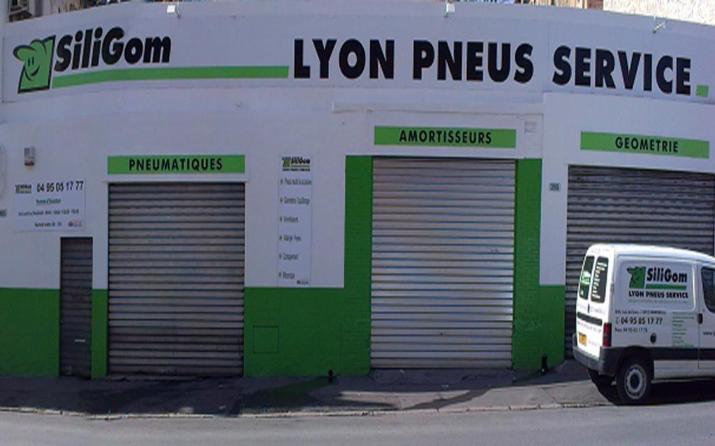 Lyon pneus service garage automobile 265 rue de lyon for Garage avatacar lyon 8