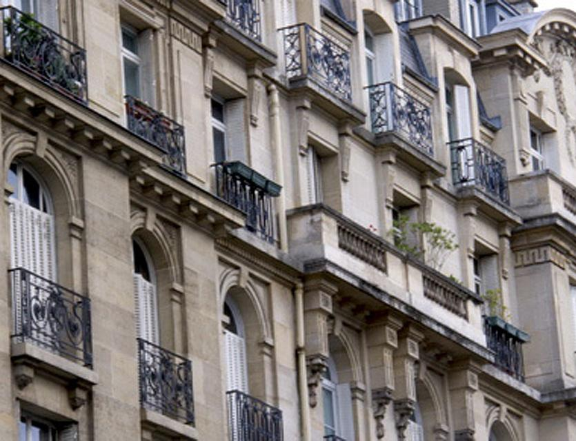 Era grand 10 immo agence immobili re 84 boulevard du for Agence immobiliere 84