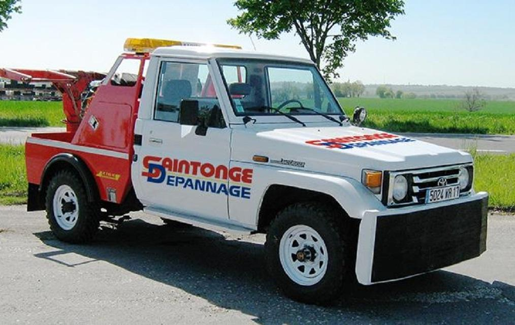 Saintonge d pannage transports garage automobile rue for Garage automobile ouvert