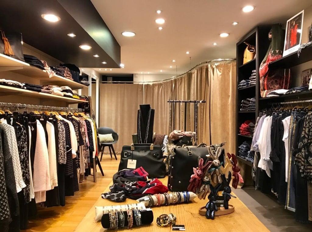 Accessit Boutique - Vêtements femme, 17 avenue