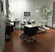 Feredj Elisabeth - Chirurgien-dentiste et docteur en chirurgie dentaire - Paris