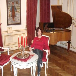 Carmen Apopei - Psychothérapie - pratiques hors du cadre réglementé - Paris