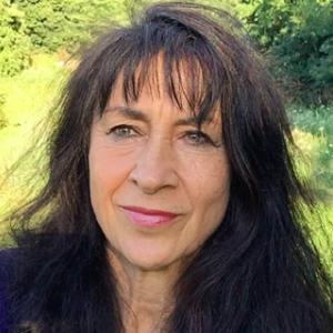 Hannah Sembély - Soins hors d'un cadre réglementé - Gap