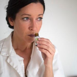 Joëlle Vulliamy - Soins hors d'un cadre réglementé - Grasse