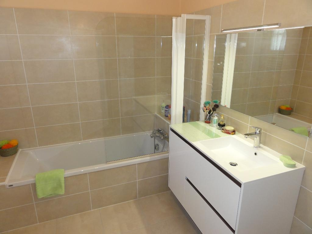 abm entreprise plombier place boisouze 35400 saint malo. Black Bedroom Furniture Sets. Home Design Ideas