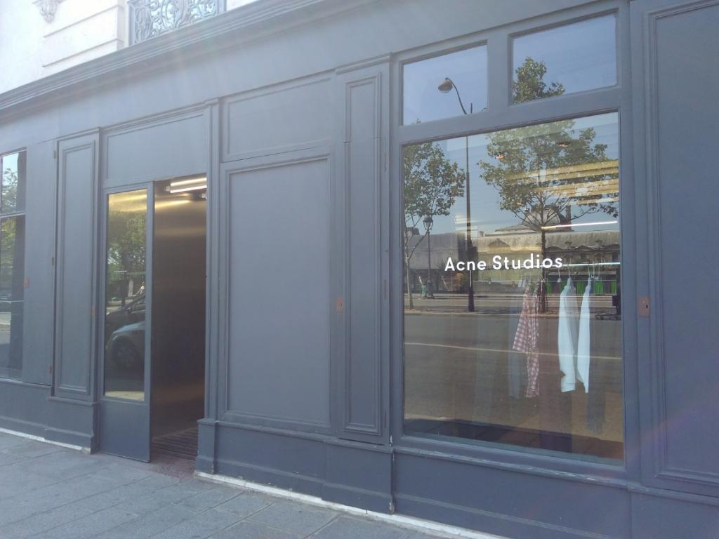 d2e8c824f3a4 Acne Studios France, 1 quai Voltaire, 75007 Paris - Magasins de vêtement  (adresse, horaires)