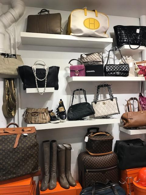 Adrenaline Commerce de Vente d Accessoires de Luxe Paris - Dépôts-ventes  vêtements (adresse, horaires, avis) ff5a7bf1b0a