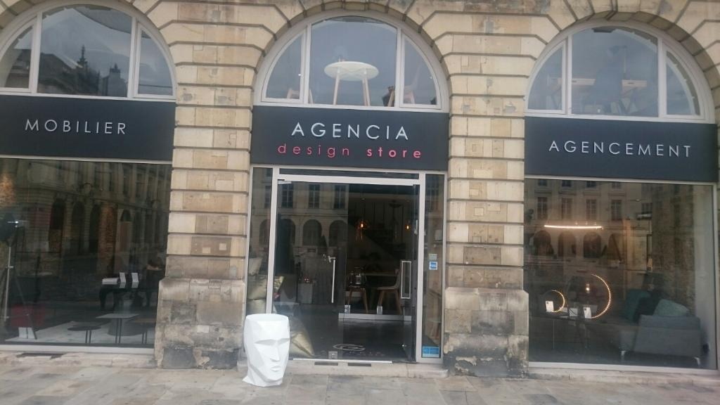 agencia magasin de meubles 7 place royale 51100 reims adresse horaire. Black Bedroom Furniture Sets. Home Design Ideas