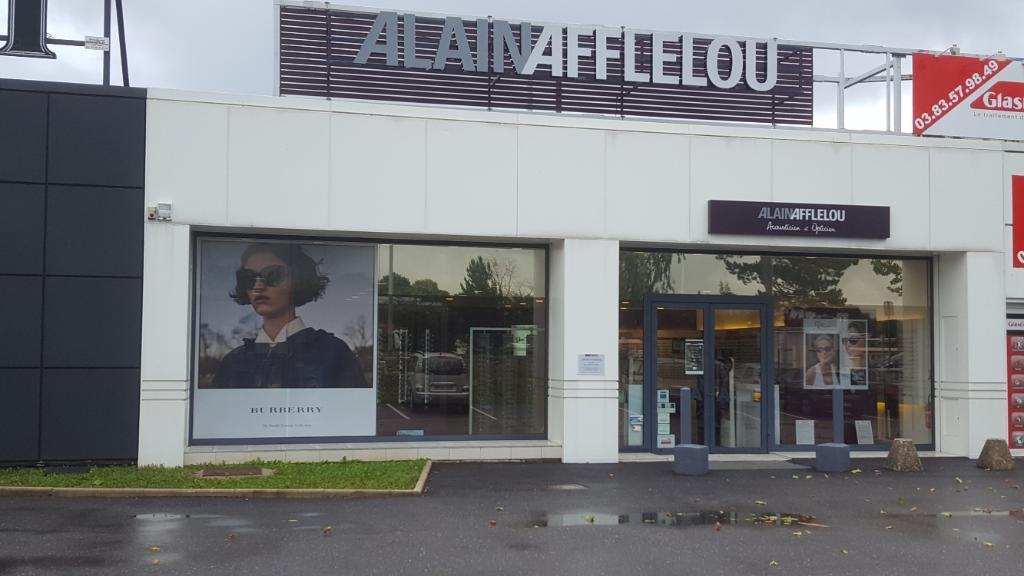 4eadacc107e438 Signaler un abus. Avec plus de 700 magasins Alain Afflelou en France ...