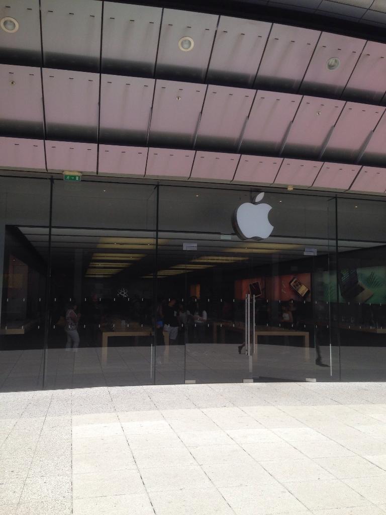 Apple Store All Mediterranee 34000 Montpellier