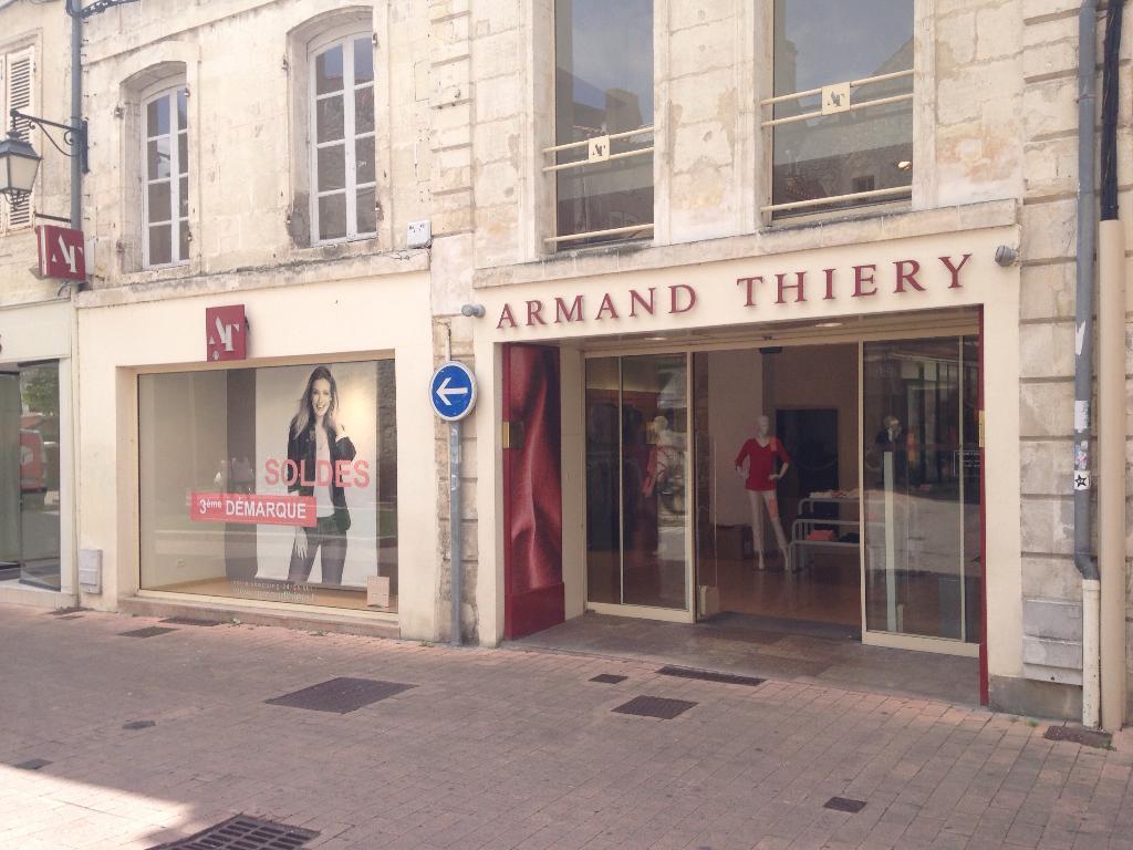 Thiery 17100 Vêtements Hugo Victor Saintes Armand Femme Rue 43 PnZTwHqqS