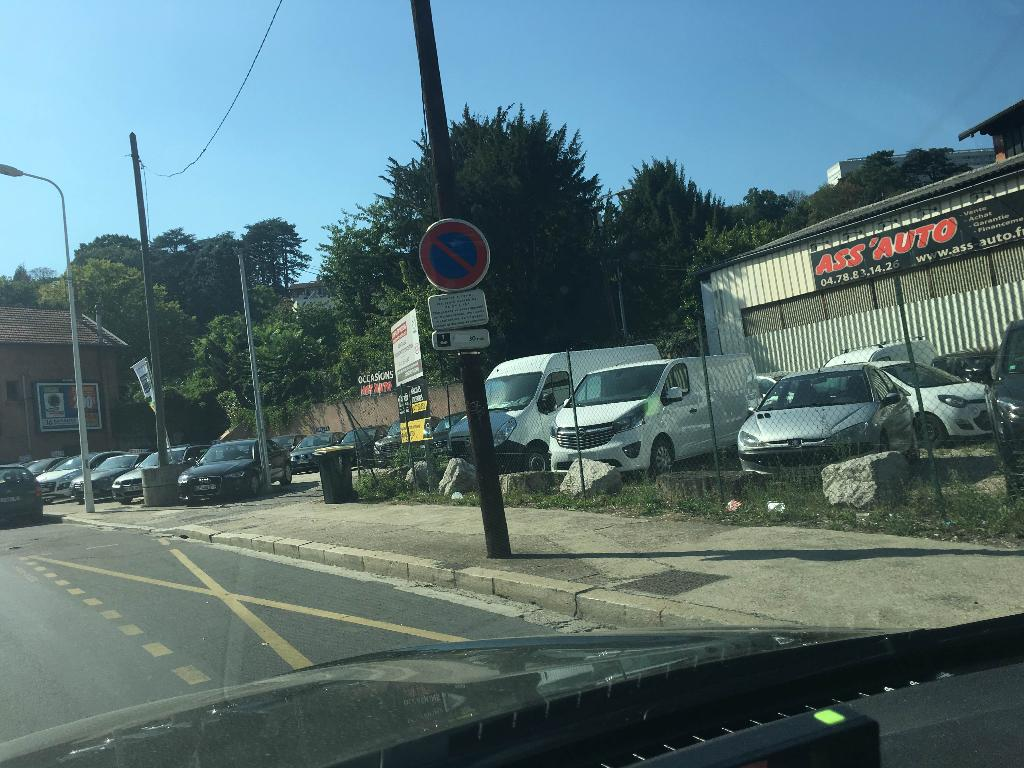 Ass 39 auto garage automobile 100 rue marietton 69009 lyon - Garage renault sainte foy les lyon ...