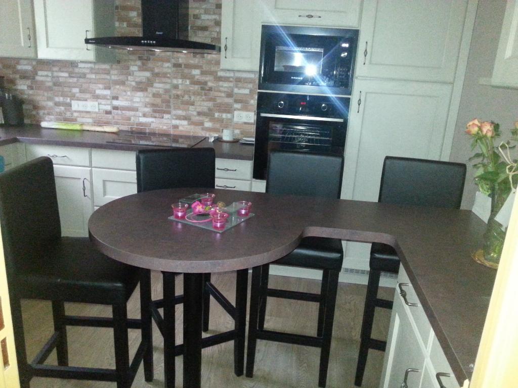 Atelier du meuble vente et installation de cuisines 19 rue d 39 amour 80650 vignacourt adresse - Faire l amour sur un meuble ...