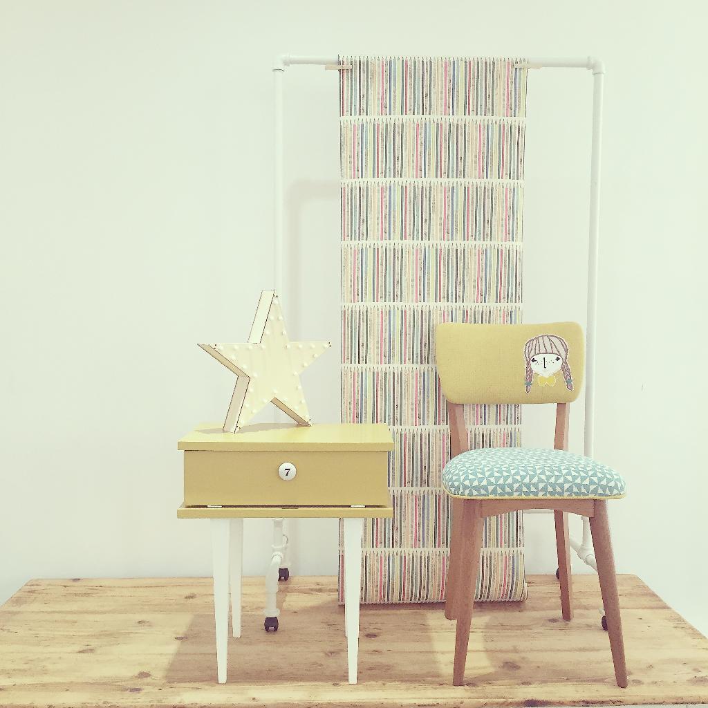 atelier peau d 39 anne tapissier d corateur 14 passage allier 03000 moulins adresse horaire. Black Bedroom Furniture Sets. Home Design Ideas