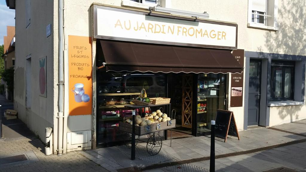 Au jardin fromager alimentation g n rale 2 rue la for Le jardin fromager
