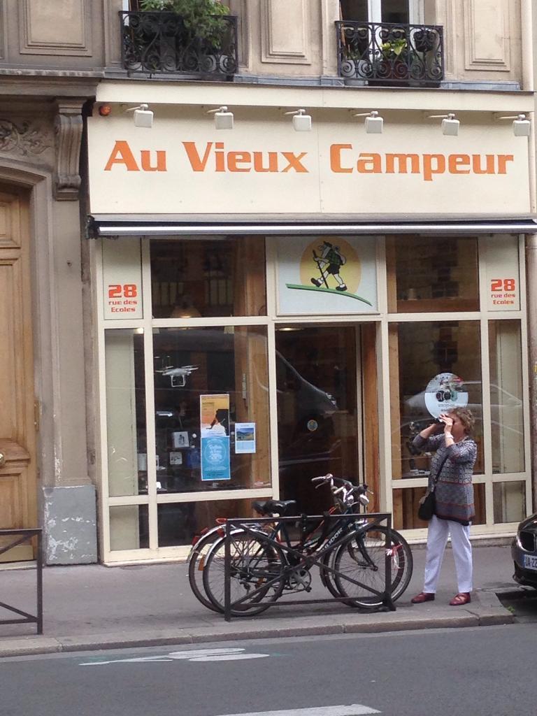 Au R Paris 75005 Campeur De Ski Vieux 28 Ecoles Matériel OtxwSqOr