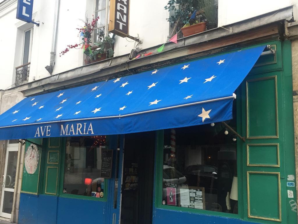 Ave maria restaurant 1 rue jacquard 75011 paris for Garage oberkampf parking