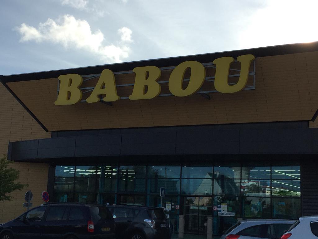 Babou centre commercial 4 rue colonel le barillec 56100 for Babou perpignan horaire