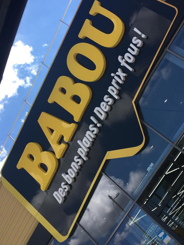 Babou discount destockage et d griff s 6 all e savoies for Babou telephone