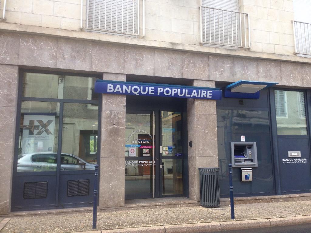 banque populaire aquitaine centre atlantique banque 8 rue rastignac 24120 terrasson. Black Bedroom Furniture Sets. Home Design Ideas