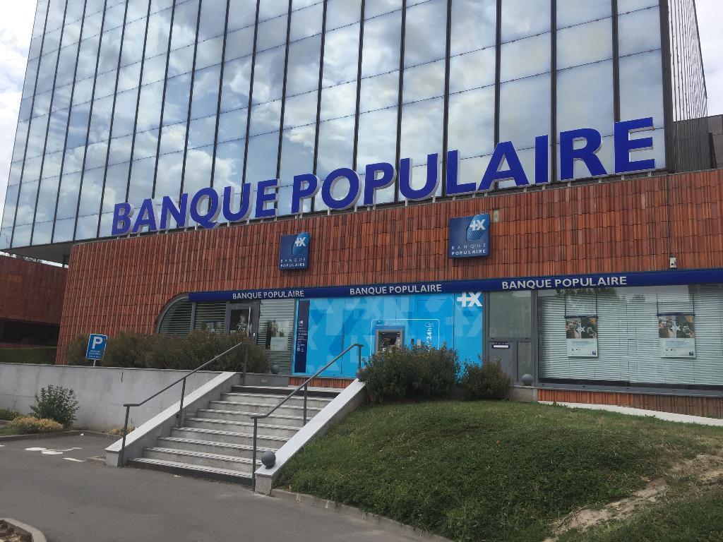 Banque Populaire Du Nord Banque 847 Avenue De La Republique 59700