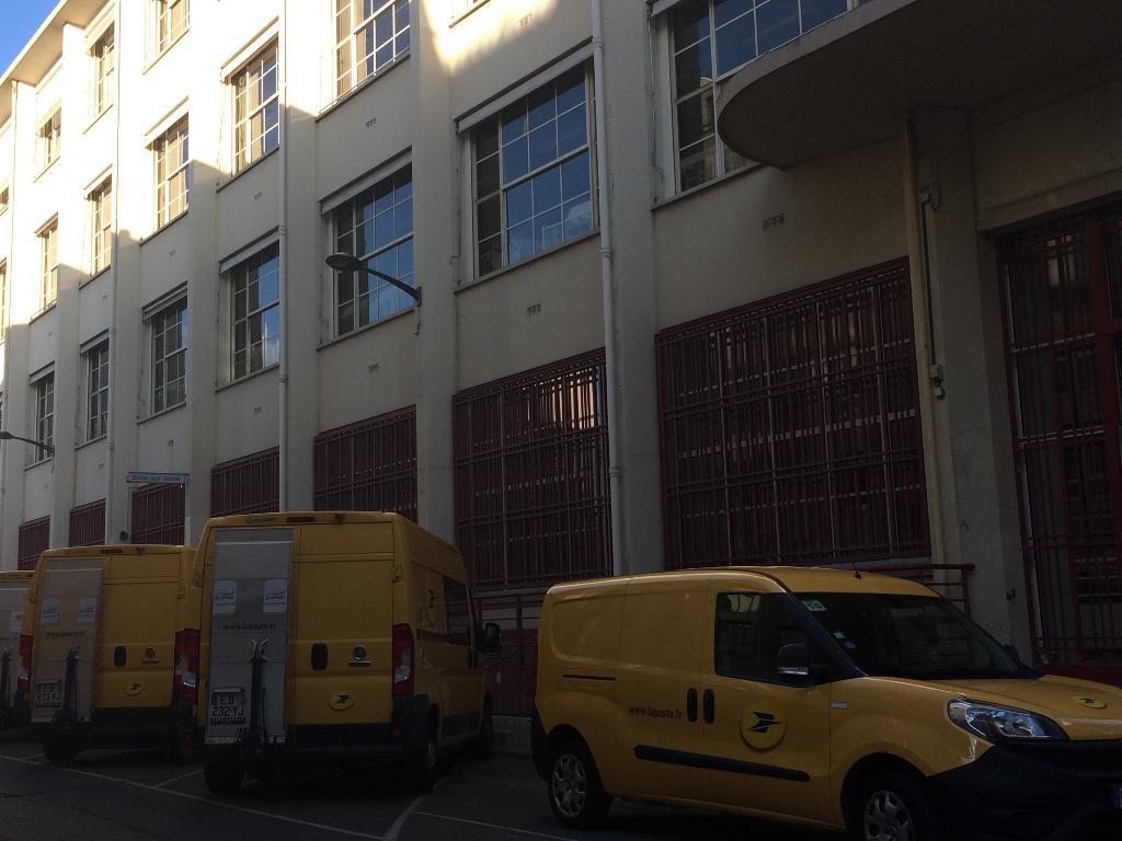 banque postale banque 11 rue bourseul 75015 paris adresse horaire. Black Bedroom Furniture Sets. Home Design Ideas