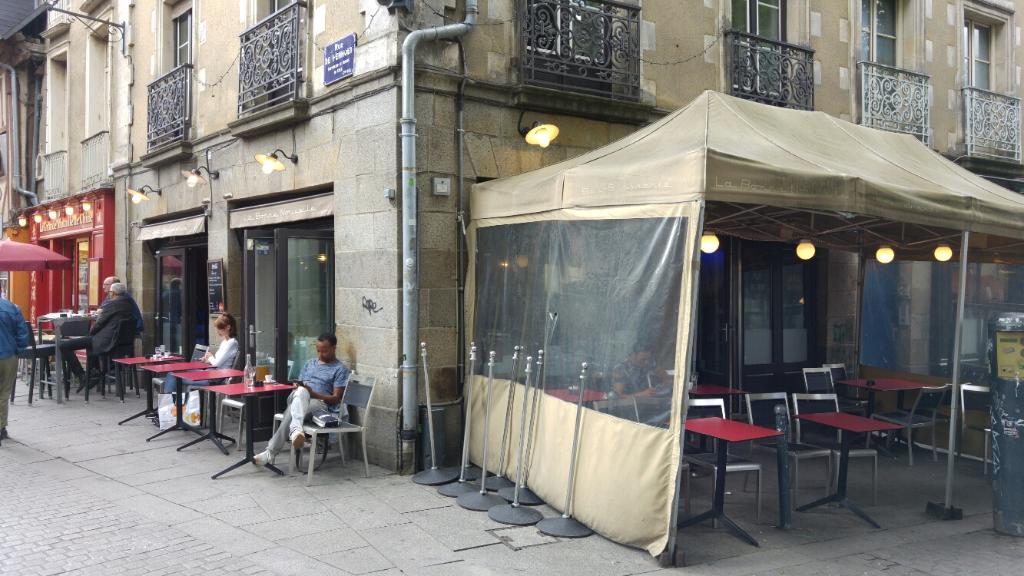 Bar la bonne nouvelle restaurant 15 place sainte anne - Bonne nouvelle anne ...
