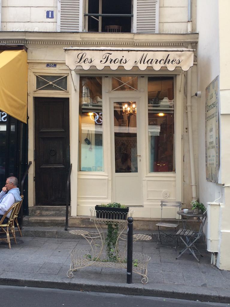 Chercheminippes - Dépôt-vente de vêtements, 114 rue du Cherche Midi 75006  Paris - Adresse, Horaire 0f4512072f1