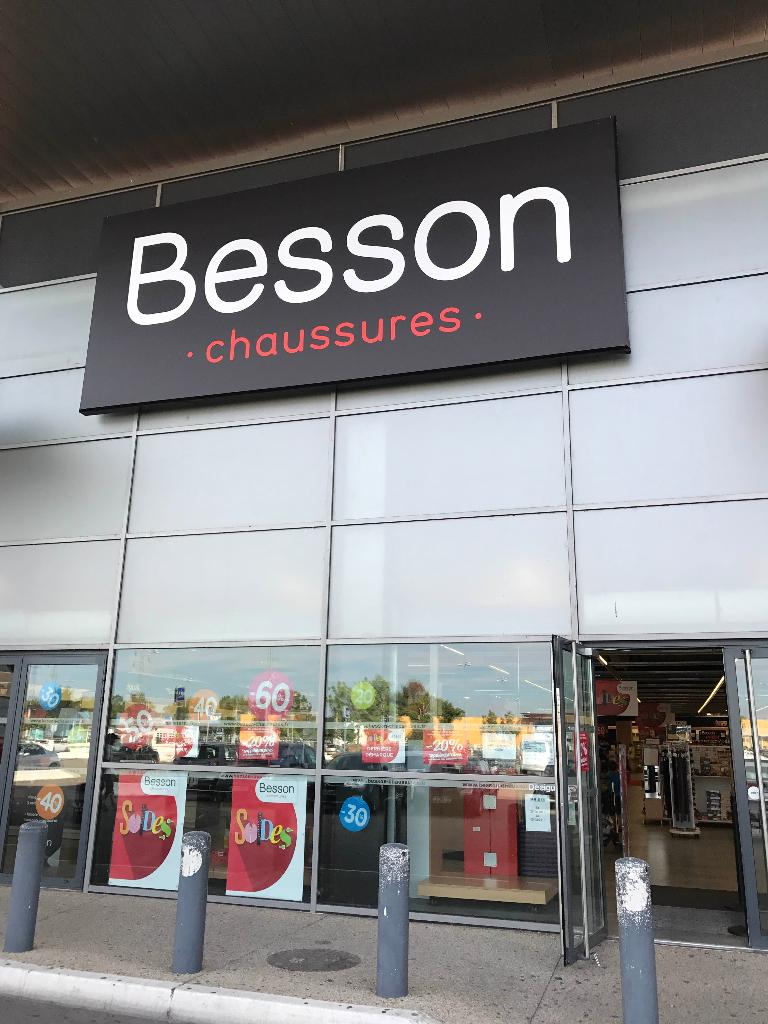 0c8a4fb0127428 besson chaussures avenue 83