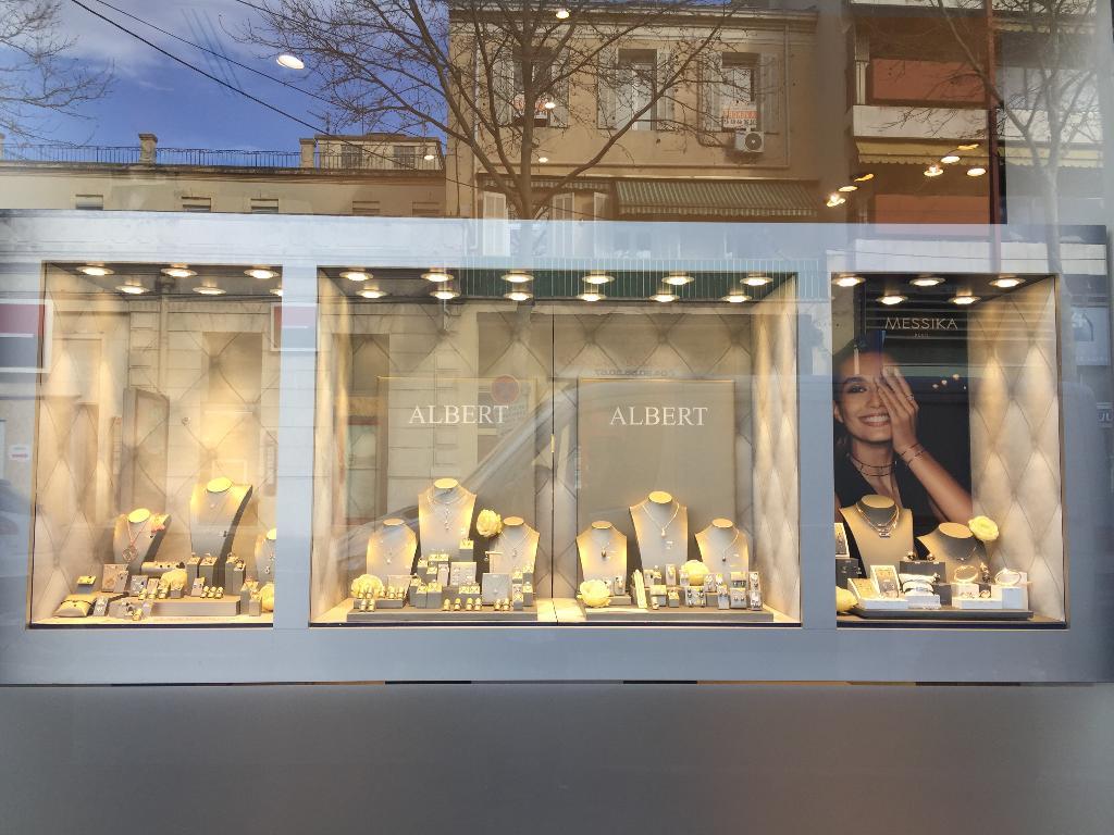 Bijouterie albert bijoux 3 boulevard r publique 13300 - Centre des impots salon de provence horaires ...