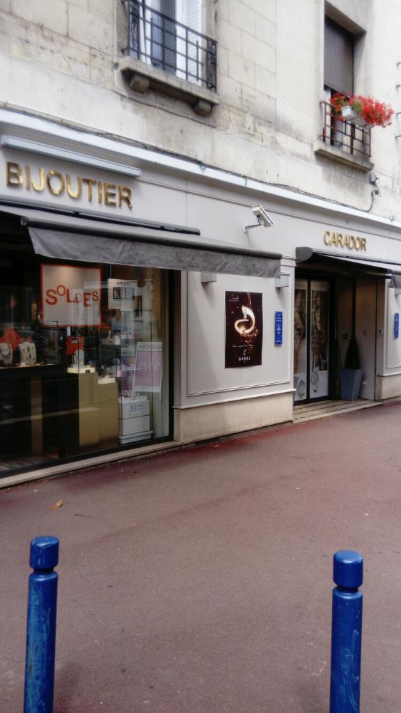 commercialisable où puis je acheter haute couture 02200adresseHoraires À Carador À Bijouterie Soissons ...