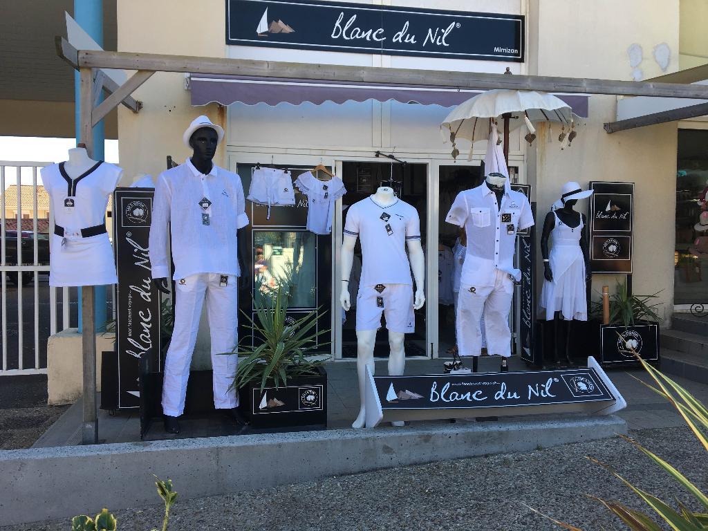 le blanc du nil femme excellent blanc du nil with le blanc du nil femme gallery of chemise. Black Bedroom Furniture Sets. Home Design Ideas
