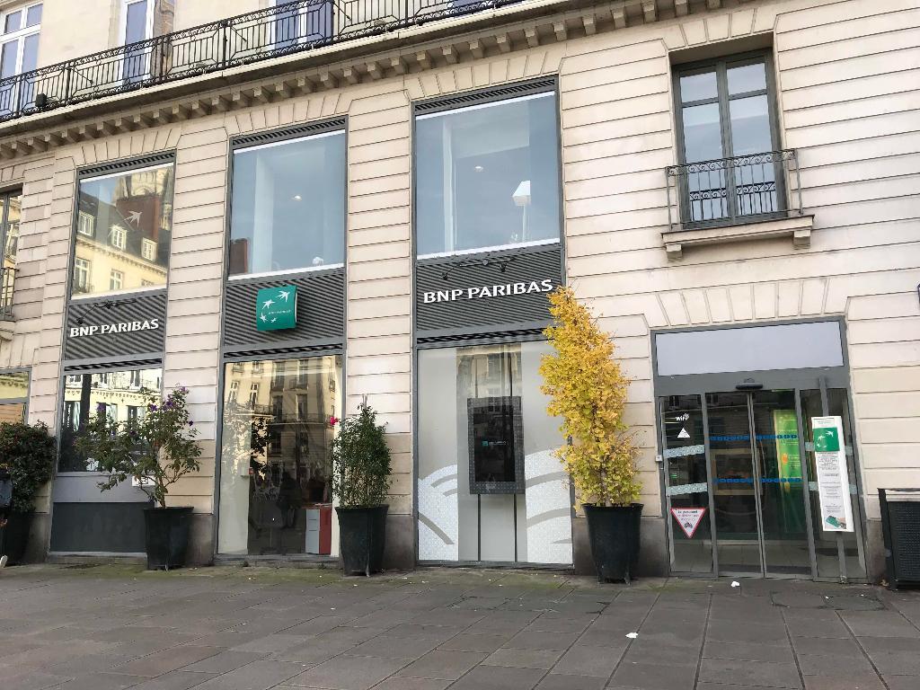 bnp paribas banque 10 place royale 44000 nantes adresse horaire. Black Bedroom Furniture Sets. Home Design Ideas