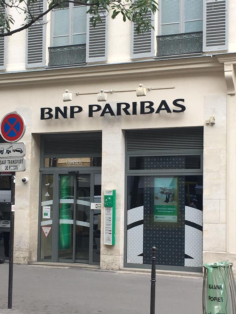 bnp paribas banque 48 rue des archives 75004 paris adresse horaire. Black Bedroom Furniture Sets. Home Design Ideas