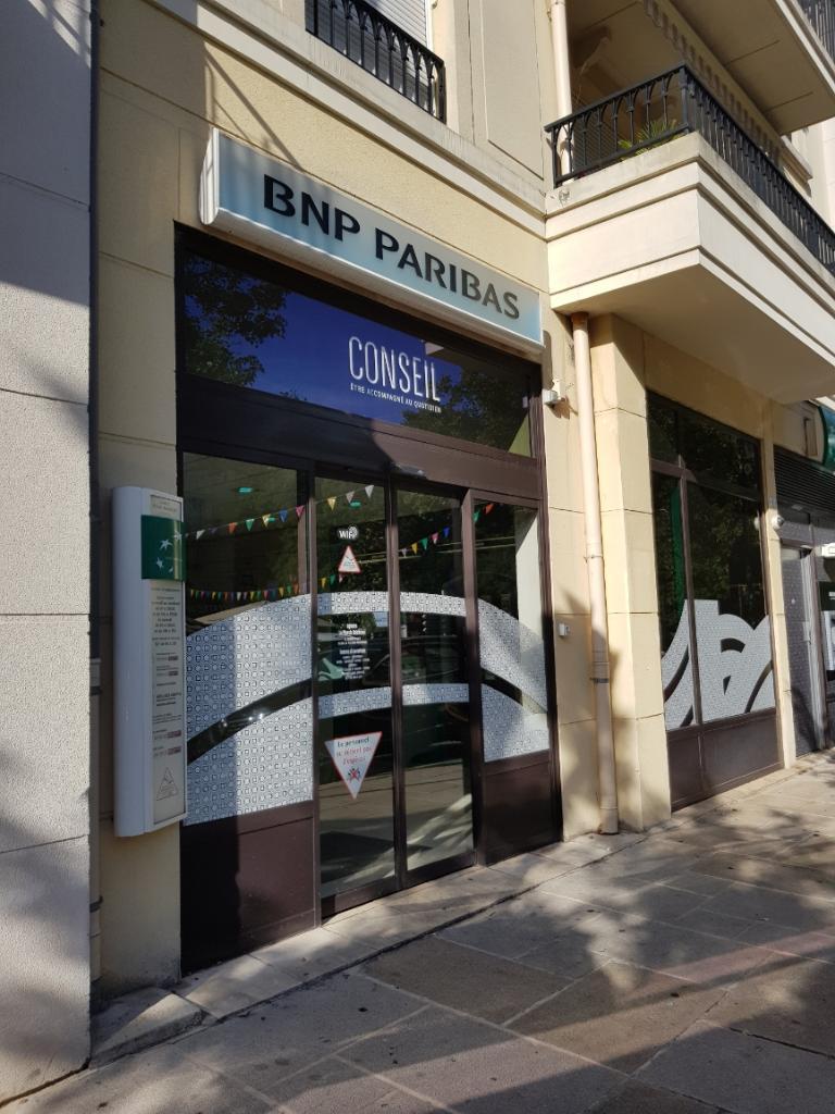 bnp paribas banque 6 grand place 92350 le plessis robinson adresse horaire. Black Bedroom Furniture Sets. Home Design Ideas