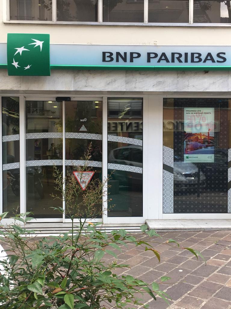 bnp paribas banque 29 boulevard de strasbourg 93600 aulnay sous bois adresse horaire. Black Bedroom Furniture Sets. Home Design Ideas
