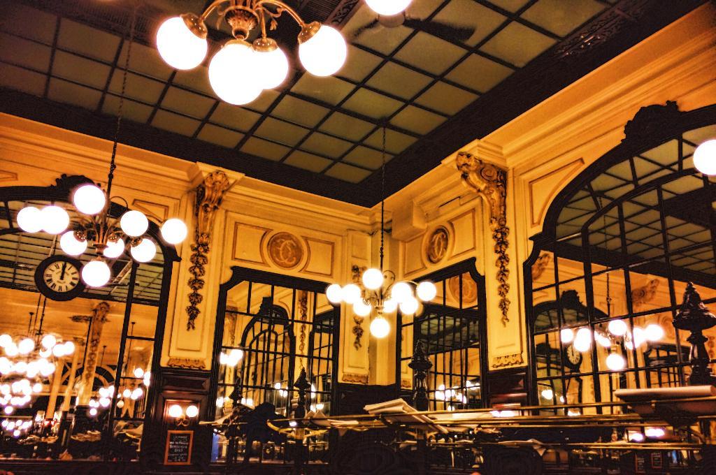 Restaurant Paris Livraison Jusqu  Ef Bf Bd Minuit