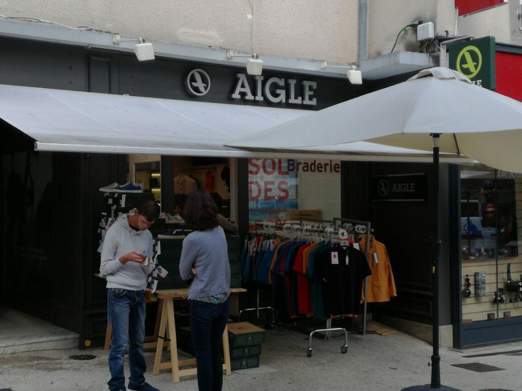 Boutique aigle aurillac chaussures 5 place du square - Magasin chaussure limoges ...