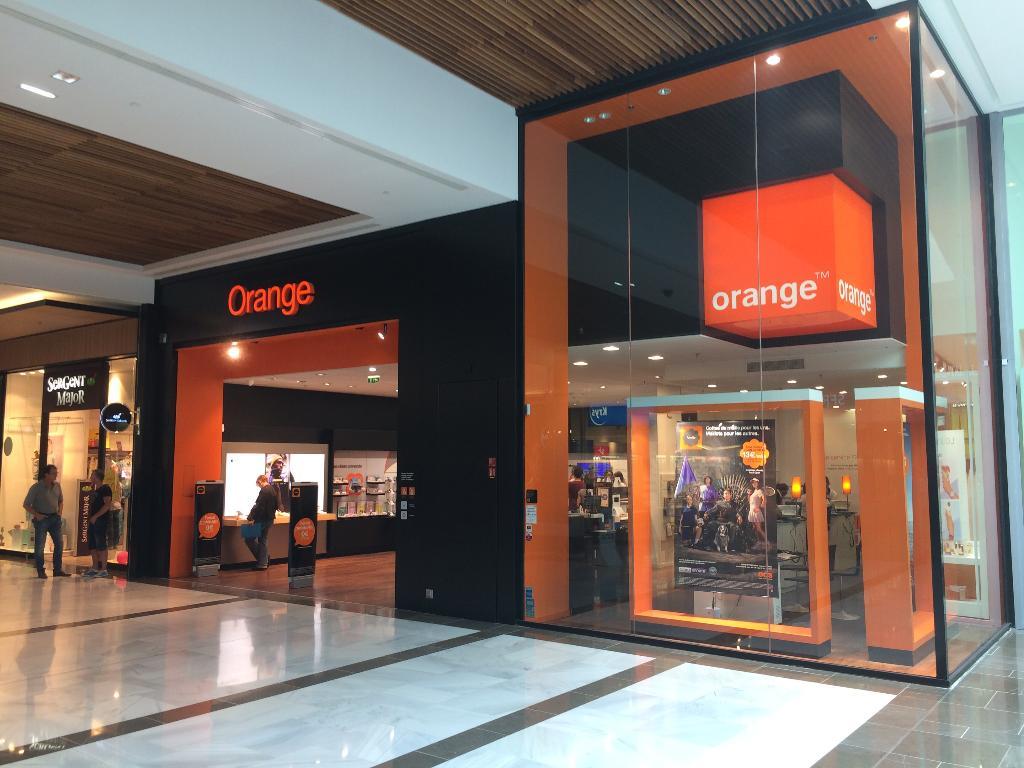 boutique orange vente de t l phonie rue du bosphore. Black Bedroom Furniture Sets. Home Design Ideas