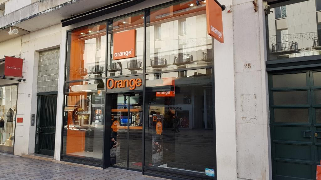 boutique orange vente de t l phonie 31 rue nationale 37000 tours adresse horaire. Black Bedroom Furniture Sets. Home Design Ideas