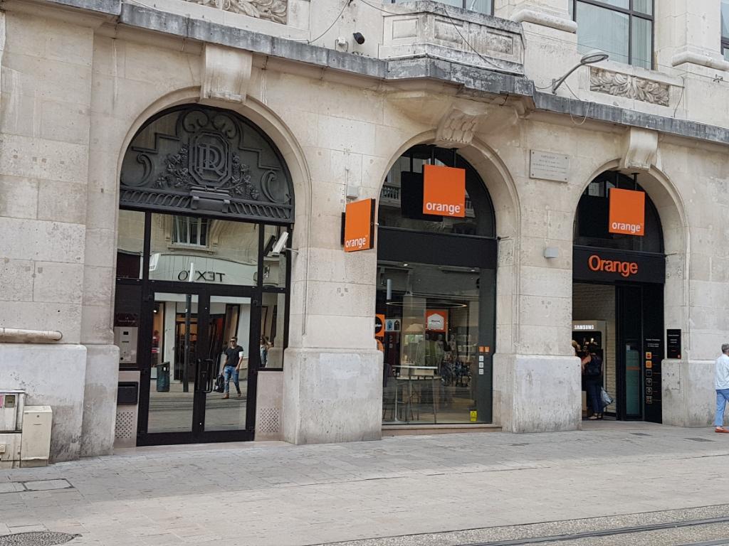 boutique orange vente de t l phonie 18 rue de vesle 51100 reims adresse horaire. Black Bedroom Furniture Sets. Home Design Ideas