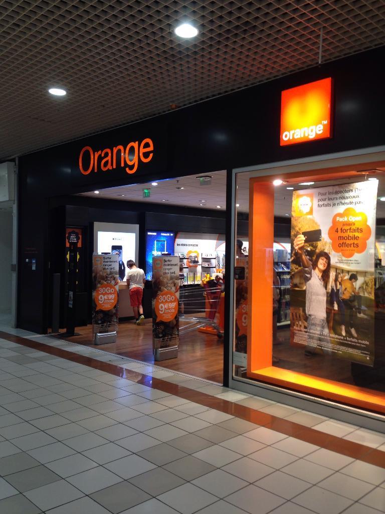 Boutique orange auchan