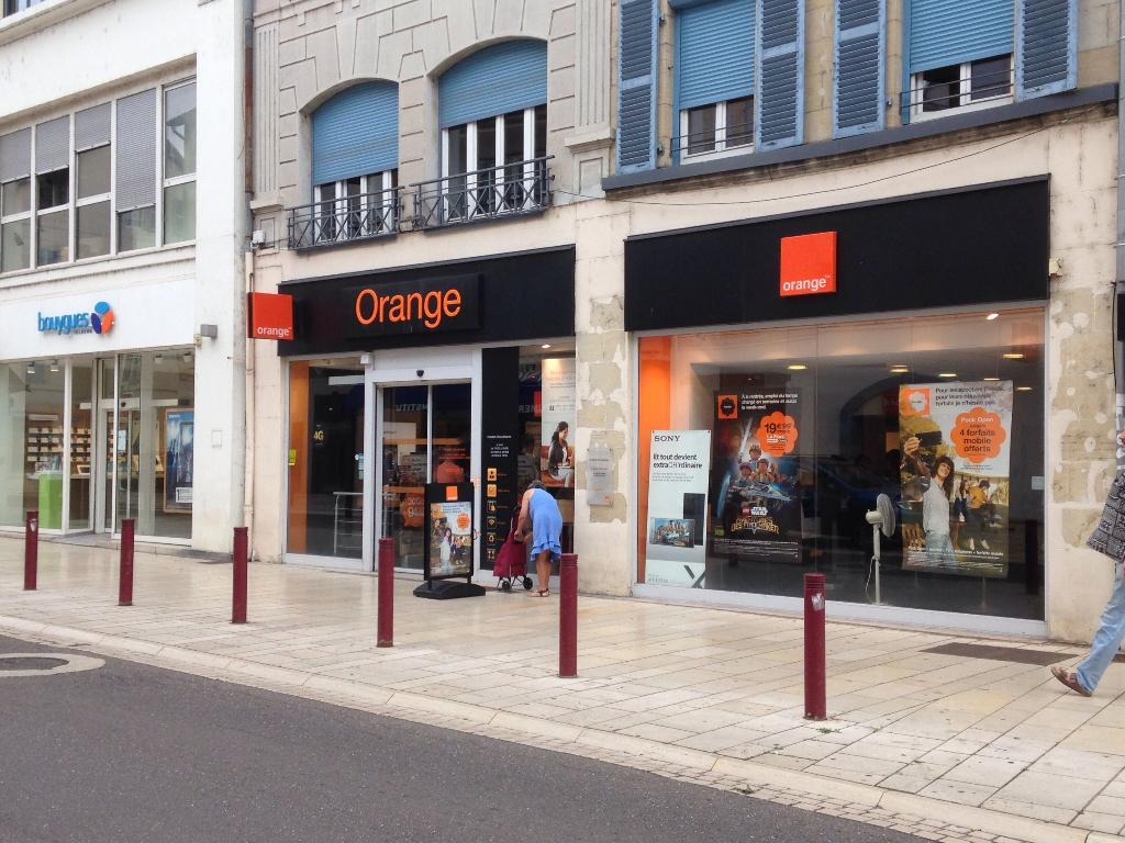 boutique orange vente de t l phonie 34 rue paul morel 70000 vesoul adresse horaire. Black Bedroom Furniture Sets. Home Design Ideas