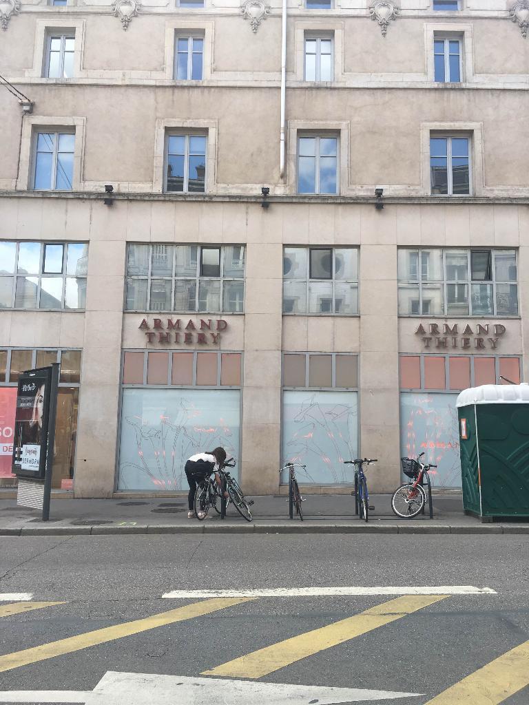 bar central restaurant 11 rue saint jean 54000 nancy adresse horaire. Black Bedroom Furniture Sets. Home Design Ideas