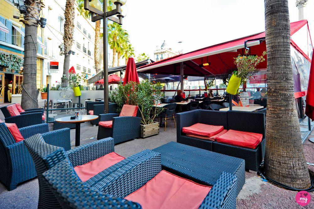 Darty Castellane Marseille #10: Brasserie Le Castellane - Café Bar, 16 Place Castellane 13006 Marseille -  Adresse, Horaire