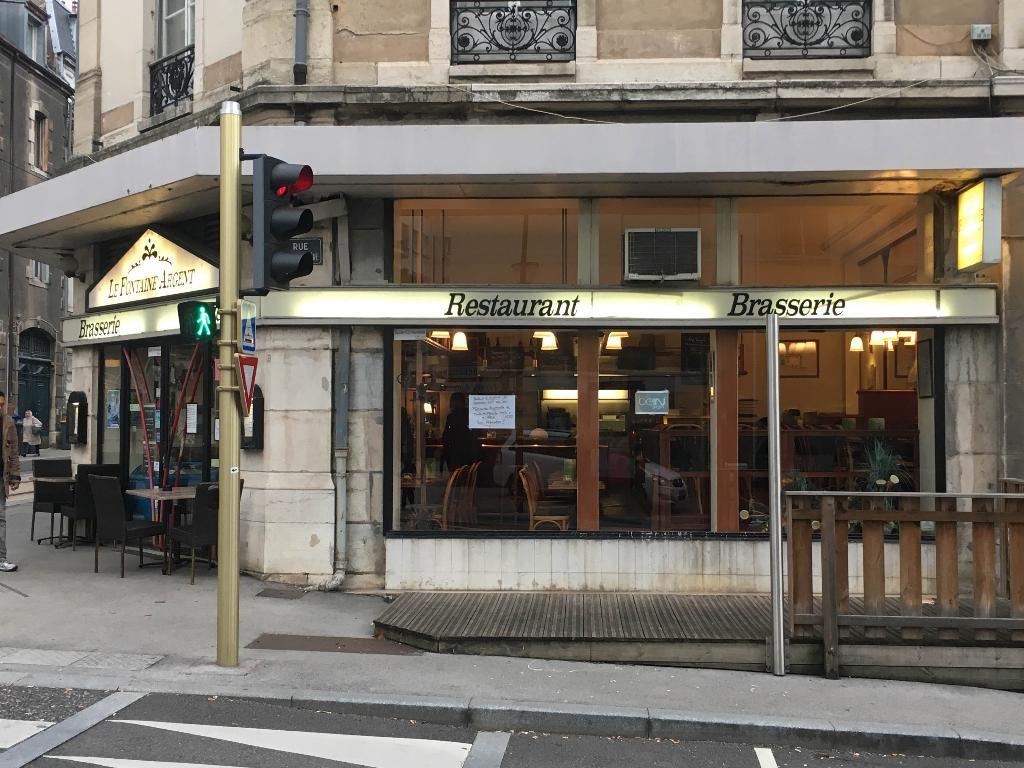 Brasserie fontaine argent restaurant 7 rue mouill re 25000 besan on adresse horaire - Restaurant la grange besancon ...