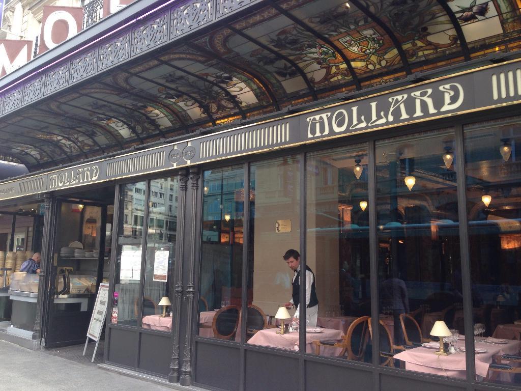 Brasserie mollard restaurant 115 rue saint lazare 75008 paris adresse horaire - Restaurant saint lazare paris ...